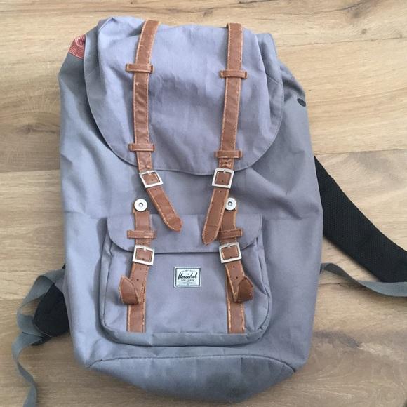 53b50a7932d Herschel Supply Company Handbags - Herschel backpack